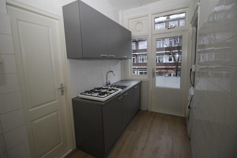 For rent: Room Jan ten Brinkstraat, Den Haag - 2