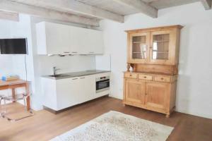 Bekijk appartement te huur in Den Haag Molenstraat, € 1395, 60m2 - 385773. Geïnteresseerd? Bekijk dan deze appartement en laat een bericht achter!