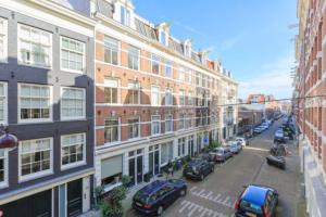 Bekijk appartement te huur in Amsterdam Fokke Simonszstraat, € 1450, 50m2 - 372840. Geïnteresseerd? Bekijk dan deze appartement en laat een bericht achter!