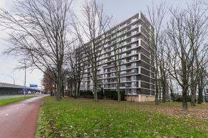 Bekijk appartement te huur in Utrecht Rachmaninoffplantsoen, € 1300, 100m2 - 359317. Geïnteresseerd? Bekijk dan deze appartement en laat een bericht achter!