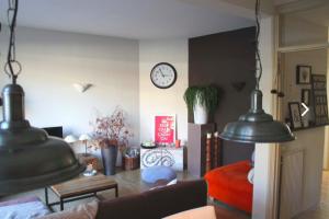 Bekijk appartement te huur in Den Haag Maarsbergenstraat, € 800, 80m2 - 387408. Geïnteresseerd? Bekijk dan deze appartement en laat een bericht achter!