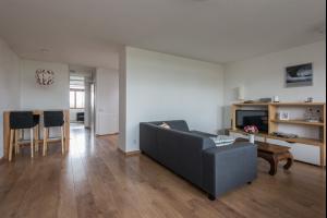 Bekijk appartement te huur in Rotterdam Kobelaan: Gemeubeld huis nabij Universiteit /OVstation - € 1650, 108m2 - 315435