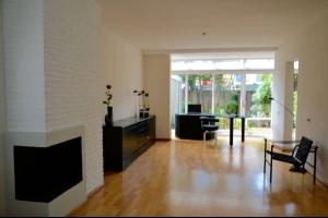 Bekijk woning te huur in Leidschendam Zwaluwlaan, € 1995, 220m2 - 327041. Geïnteresseerd? Bekijk dan deze woning en laat een bericht achter!