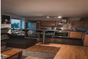 Bekijk kamer te huur in Amsterdam Veldzicht, € 695, 15m2 - 355863. Geïnteresseerd? Bekijk dan deze kamer en laat een bericht achter!