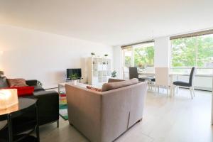 Bekijk appartement te huur in Den Haag Noordwal, € 1299, 77m2 - 381726. Geïnteresseerd? Bekijk dan deze appartement en laat een bericht achter!