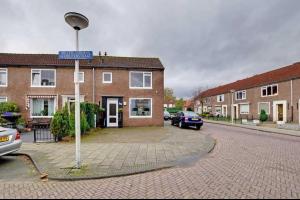 Bekijk woning te huur in Enschede W.C. Schoutenstraat: Woning - € 710, 85m2 - 331420