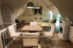 Bekijk appartement te huur in Rotterdam IJsclubstraat, € 825, 96m2 - 392671. Geïnteresseerd? Bekijk dan deze appartement en laat een bericht achter!