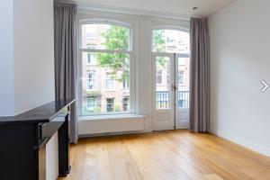 Bekijk appartement te huur in Amsterdam Brederodestraat, € 1850, 70m2 - 377807. Geïnteresseerd? Bekijk dan deze appartement en laat een bericht achter!
