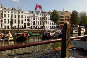 Bekijk kamer te huur in Rotterdam Haringvliet: Rotterdam-Centrum-Blaak.2 x Kamers voor dames - € 500, 18m2 - 358590