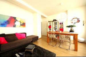 Bekijk appartement te huur in Leiden Haarlemmerstraat, € 895, 50m2 - 323875. Geïnteresseerd? Bekijk dan deze appartement en laat een bericht achter!
