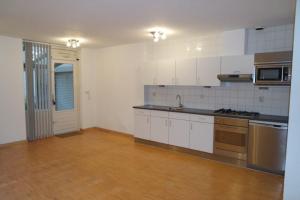 Bekijk woning te huur in Eindhoven Stuiverstraat, € 1545, 120m2 - 357943. Geïnteresseerd? Bekijk dan deze woning en laat een bericht achter!