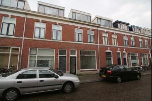 Bekijk woning te huur in Utrecht Anjelierstraat, € 1495, 158m2 - 307750. Geïnteresseerd? Bekijk dan deze woning en laat een bericht achter!