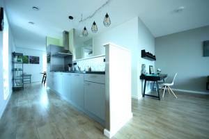 Bekijk appartement te huur in Leiden Edisonstraat, € 1395, 93m2 - 379863. Geïnteresseerd? Bekijk dan deze appartement en laat een bericht achter!