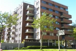 Bekijk appartement te huur in Amstelveen Kamerlingh Onnesstraat, € 2000, 90m2 - 341934. Geïnteresseerd? Bekijk dan deze appartement en laat een bericht achter!