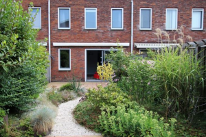 View house for rent in Den Haag Plesmanlaan, € 1650, 140m2 - 372639. Interested? check out this house and leave a message!