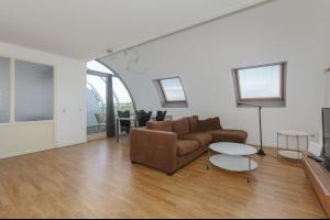 Bekijk appartement te huur in Rotterdam Hoogstraat, € 1250, 80m2 - 290439. Geïnteresseerd? Bekijk dan deze appartement en laat een bericht achter!