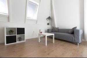 Bekijk studio te huur in Groningen Rabenhauptstraat, € 845, 25m2 - 290649. Geïnteresseerd? Bekijk dan deze studio en laat een bericht achter!