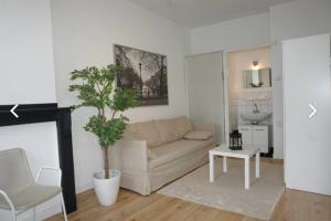 Bekijk kamer te huur in Rotterdam Ackersdijkstraat, € 750, 23m2 - 386828. Geïnteresseerd? Bekijk dan deze kamer en laat een bericht achter!