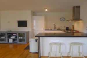 Bekijk appartement te huur in Amsterdam Brouwersgracht, € 1750, 75m2 - 382332. Geïnteresseerd? Bekijk dan deze appartement en laat een bericht achter!