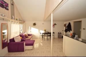 Bekijk appartement te huur in Dordrecht Assumburg: Zelfstandige poortwoning - € 600, 18m2 - 290974