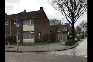 Bekijk woning te huur in Eindhoven Michelangelolaan: Ruime hoekwoning op ideale locatie tegenover het Catharinaziek... - € 1250, 100m2 - 295597