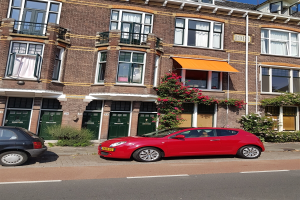 View house for rent in Delft Julianalaan, € 1750, 120m2 - 347357. Interested? check out this house and leave a message!