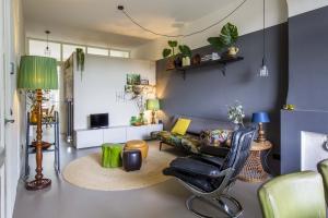 Bekijk appartement te huur in Amsterdam Vrolikstraat, € 1650, 60m2 - 361521. Geïnteresseerd? Bekijk dan deze appartement en laat een bericht achter!
