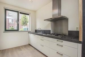 Bekijk woning te huur in Amsterdam C. Kruyswijkstraat, € 2000, 154m2 - 289850. Geïnteresseerd? Bekijk dan deze woning en laat een bericht achter!