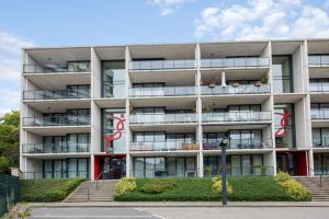 Bekijk appartement te huur in Enschede Kortelandstraat, € 1149, 92m2 - 351061. Geïnteresseerd? Bekijk dan deze appartement en laat een bericht achter!