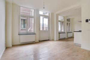 Bekijk appartement te huur in Amsterdam Sint Jansstraat, € 2000, 83m2 - 380110. Geïnteresseerd? Bekijk dan deze appartement en laat een bericht achter!