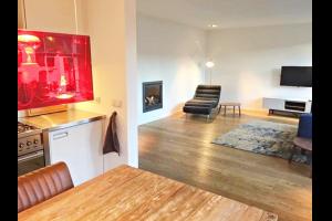 Bekijk appartement te huur in Amsterdam Prinsengracht, € 2100, 77m2 - 290442. Geïnteresseerd? Bekijk dan deze appartement en laat een bericht achter!