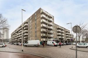 Bekijk appartement te huur in Rotterdam Voermanweg, € 1075, 70m2 - 299100. Geïnteresseerd? Bekijk dan deze appartement en laat een bericht achter!
