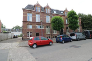 View room for rent in Groningen H. Westsingel, € 305, 15m2 - 359962. Interested? check out this room and leave a message!