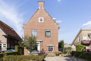 Bekijk woning te huur in Apeldoorn Deventerstraat, € 1250, 165m2 - 364115. Geïnteresseerd? Bekijk dan deze woning en laat een bericht achter!