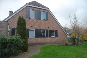 Bekijk woning te huur in Barendrecht Walmolen, € 2750, 160m2 - 363719. Geïnteresseerd? Bekijk dan deze woning en laat een bericht achter!