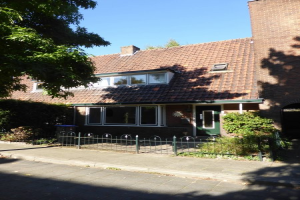 Bekijk woning te huur in Hilversum Professor Dondersstraat, € 1175, 111m2 - 342220. Geïnteresseerd? Bekijk dan deze woning en laat een bericht achter!