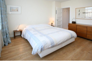 Bekijk appartement te huur in Den Haag Stevinstraat, € 1650, 125m2 - 290206. Geïnteresseerd? Bekijk dan deze appartement en laat een bericht achter!