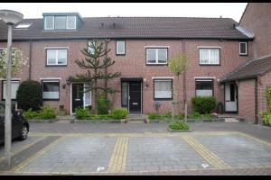 Bekijk woning te huur in Amstelveen Schutsluis, € 2200, 140m2 - 284099. Geïnteresseerd? Bekijk dan deze woning en laat een bericht achter!