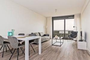 Bekijk appartement te huur in Amsterdam Kleiburg, € 1500, 70m2 - 372415. Geïnteresseerd? Bekijk dan deze appartement en laat een bericht achter!