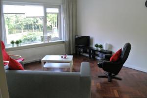 Te huur: Appartement Alberdingk Thijmstraat, Den Haag - 1