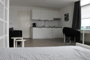 Bekijk studio te huur in Utrecht Sweder van Zuylenweg, € 780, 28m2 - 337130. Geïnteresseerd? Bekijk dan deze studio en laat een bericht achter!