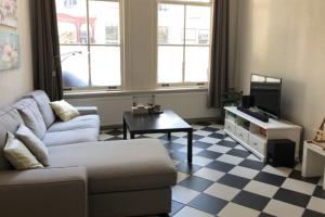 Bekijk appartement te huur in Leiden Hooigracht, € 1095, 62m2 - 346733. Geïnteresseerd? Bekijk dan deze appartement en laat een bericht achter!