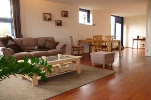 Bekijk appartement te huur in Hoofddorp Lettenburg, € 1395, 80m2 - 381572. Geïnteresseerd? Bekijk dan deze appartement en laat een bericht achter!