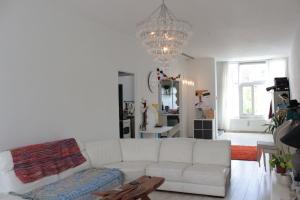 Bekijk appartement te huur in Den Haag Van Merlenstraat, € 850, 60m2 - 368204. Geïnteresseerd? Bekijk dan deze appartement en laat een bericht achter!