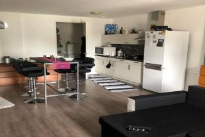 Bekijk studio te huur in Tilburg Hasseltstraat, € 689, 28m2 - 343202. Geïnteresseerd? Bekijk dan deze studio en laat een bericht achter!