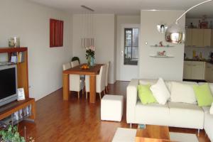 Bekijk appartement te huur in Capelle Aan Den Ijssel Lijstersingel, € 1075, 88m2 - 363605. Geïnteresseerd? Bekijk dan deze appartement en laat een bericht achter!