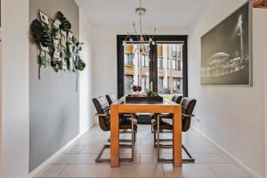 Bekijk woning te huur in Veldhoven Ree, € 1700, 125m2 - 384004. Geïnteresseerd? Bekijk dan deze woning en laat een bericht achter!