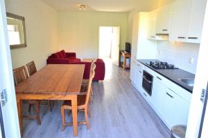 Bekijk appartement te huur in Amsterdam J.J. Cremerstraat, € 1850, 75m2 - 391972. Geïnteresseerd? Bekijk dan deze appartement en laat een bericht achter!