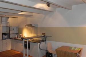 Bekijk studio te huur in Amsterdam Singel, € 1500, 50m2 - 365533. Geïnteresseerd? Bekijk dan deze studio en laat een bericht achter!