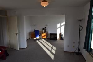 Bekijk appartement te huur in Den Haag Loosduinse Hoofdstraat, € 1095, 75m2 - 374715. Geïnteresseerd? Bekijk dan deze appartement en laat een bericht achter!